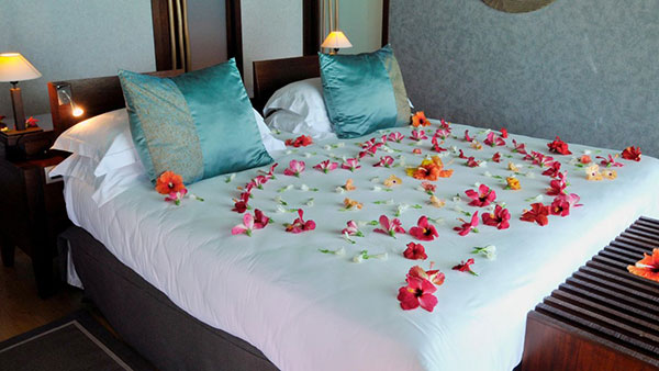 Tahiti Vacation - InterContinental Bora Bora Resort & Thalasso Spa