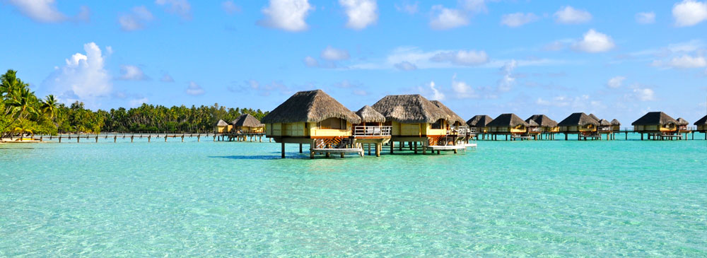 Overwater Suites at Le Taha'a Island Resort