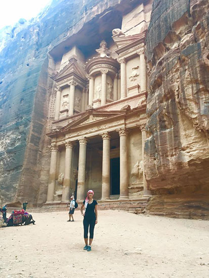 plan a vacation touring The lost City of Petra, Jordan