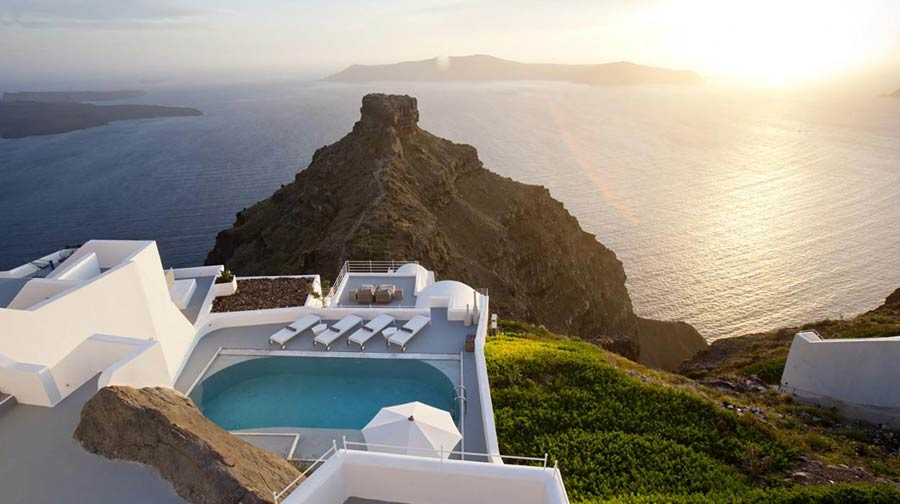 Grace Hotel Santorini - A 5-star Boutique hotel offering impeccable service.